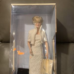 Princess Diana Porcelain Doll for Sale in Valrico, FL