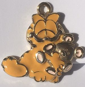 Charming Yellow Gold and Enamel Painted Garfield Pendant Stamped 14k for Sale in San Diego, CA