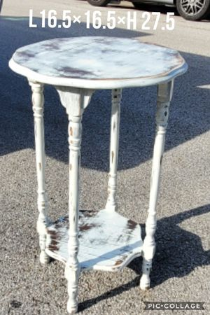 1 side table refinished white for Sale in Cedar Hill, TX
