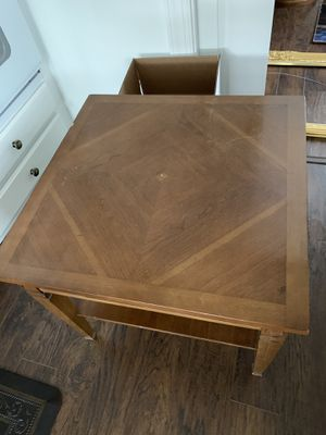 End Table for Sale in Vienna, VA