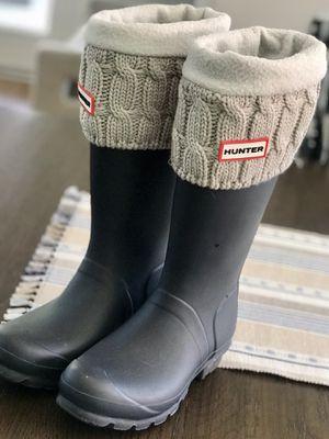 Size 6 Women's Hunter Rain Boots for Sale in Las Vegas, NV