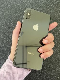 iPhone X UNLOCKED in Like New Condition For Sale in San Jose for Sale in San Jose,  CA