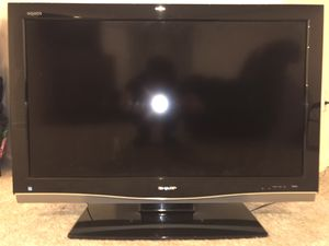 Sharp Aquos 37 inch LCD TV no remote for Sale in Leesburg, VA