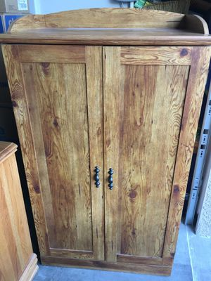 Computer cabinet for Sale in Henderson, NV
