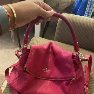 Kate Spade Hot pink Crossbody for Sale in Miami, FL