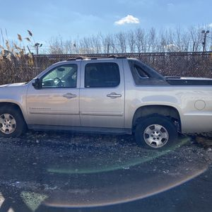 2007 Chevy avalanche for Sale in Kearny, NJ
