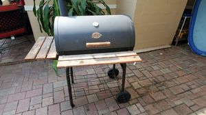 Char-Griller - Outlaw Charcoal Grill for Sale in Dade City, FL