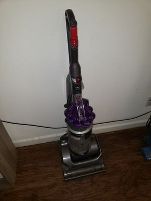 Dyson vacuum for Sale in Sanger, CA