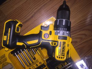 Dewalt drill/ driver XR brushless with 80pc set for Sale in PORTLAND, OR