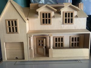 Antique Wooden Doll House for Sale in Downey, CA