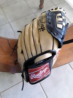 Baseball Glove, used for Sale in Whittier, CA