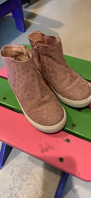 Little Girls Pink Cat & Jack Boots - Size 11 for Sale in Junction City, OR