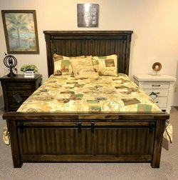 Lakeleigh Brown Panel Bedroom Set ✔ Queen And King Bed Frame for Sale in Fort Worth,  TX