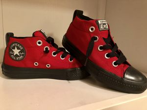 Converse little kid sneakers size 1 for Sale in Rockville, MD