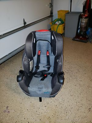 Evenflo Car seat Expire 2022 for Sale in BVL, FL