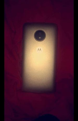Moto Verizon phone. for Sale in Saint Marys, WV