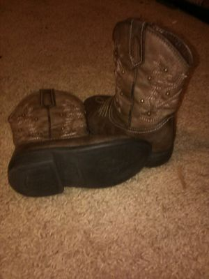 Toddler Cow girl boots size 7 for Sale in Summerville, SC