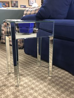Mirrored Nightstand for Sale in Bellevue,  WA