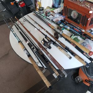 Any body need a inexpensive fishing pole for Sale in East Wenatchee, WA
