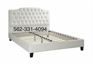 💢New Queen White Tufted faux leather bed frame💢 for Sale in Patterson, CA