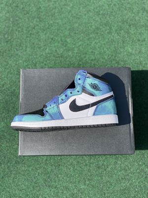 Jordan 1 Tie Dye (size 2y) for Sale in Shelton, CT