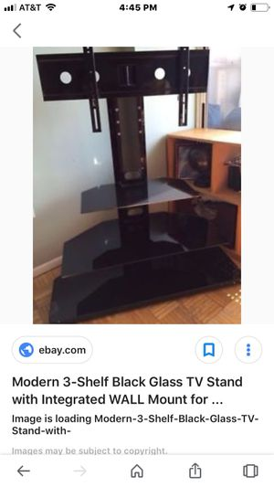 Shelf with glass and tv mount for Sale in Camdenton, MO