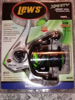NEW LEW'S LS30 8 BEARING OPEN FACE FISHING REEL for Sale in Indianapolis, IN