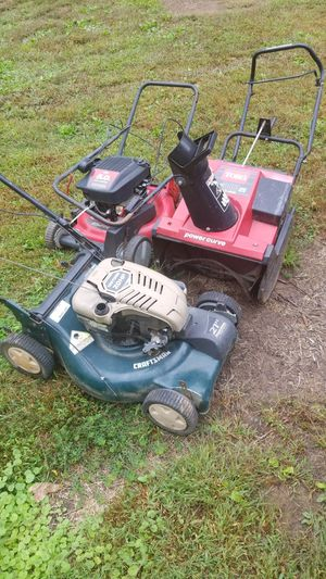 Free Small engines for parts!! for Sale in Gainesville, VA