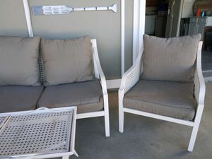Hampton Bay outdoor set 2 chairs, loveseat, table and cushions for Sale in Toms River, NJ