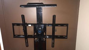 Tv Stand and Tv for Sale in Kannapolis, NC