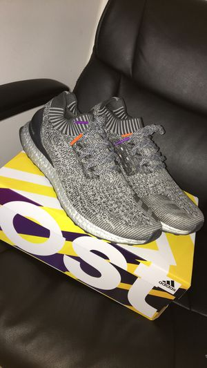 Deadstock Ultraboost metallic silver size 10.5 for Sale in Alexandria, VA
