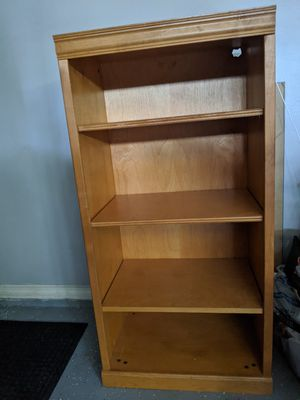 Corner wall cabinet for Sale in Heathrow, FL