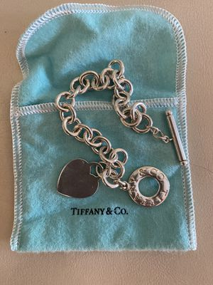 Tiffany bracelet with tago latch for Sale in Itasca, IL