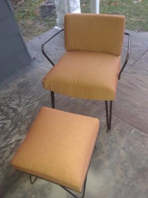 Upholstery or wood work for Sale in Fort Wayne, IN
