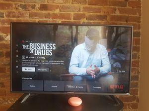 """ELEMENT 40"""" Class 4K UHD LED Roku Smart TV HDR for Sale in Richmond, VA"""