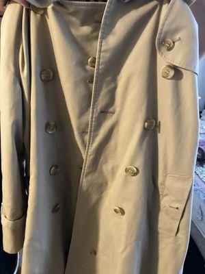 Women's vintage Burberry coat. Size M for Sale in Marysville, WA
