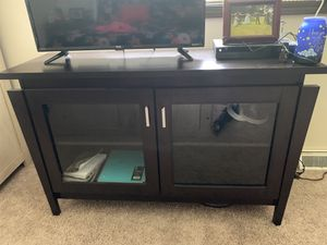 Entertainment Center with storage for Sale in Painesville, OH