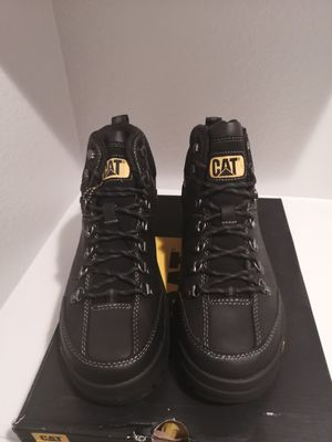 Brand new Caterpillar work boots for men. Size 11. Soft toe. Waterproof for Sale in Riverside, CA