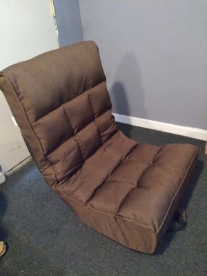 Swivel folding chair for Sale in Fontana, CA