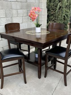 Ashley Counter Top Dinner Table With 4 Chairs for Sale in Ontario,  CA