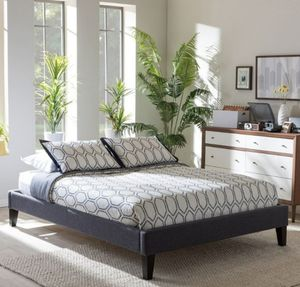 Upholstered KING bed frame for Sale in Federal Way, WA