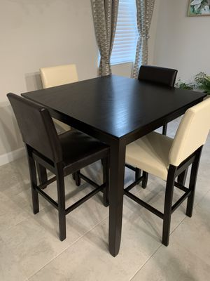 4 Seat Square Dining Table with chairs for Sale in Sun City Center, FL