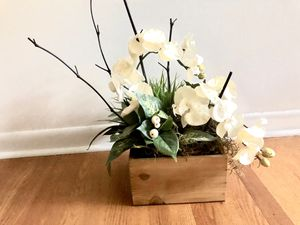 Artificial flower box for Sale in EAST GRAND RA, MI