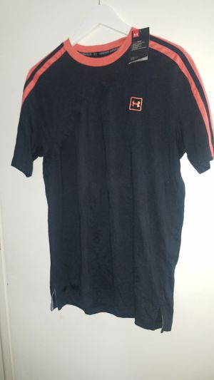 New. Men's Under Armour T Size Medium for Sale in Smithville, MO
