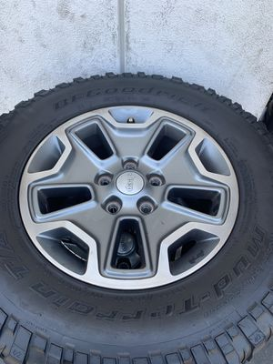 Jeep Rubicon Alloys (5 wheels) OEM $400.00/ All 5 for Sale in Mission Viejo, CA