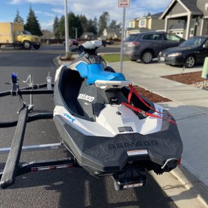 Season Spark 2019 3up 90hp for Sale in Portland, OR