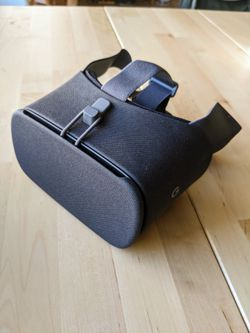 Google VR headset - Daydream (NEW!) for Sale in Tempe,  AZ