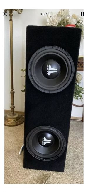 Jl Audio Subwoofers w/ Box 10W08 Made In USA~ for Sale in Marysville, WA