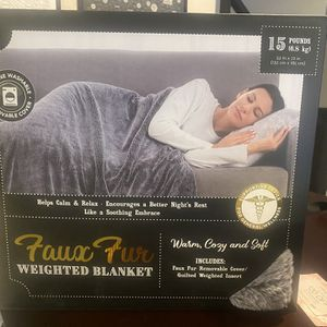 Faux Fur Weighted Blanket for Sale in Las Vegas, NV