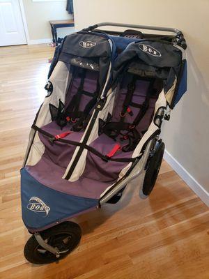 Bob duallie double stroller for Sale in Bonney Lake, WA